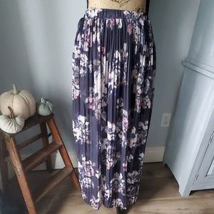 🍂 floral pleated maxi skirt
